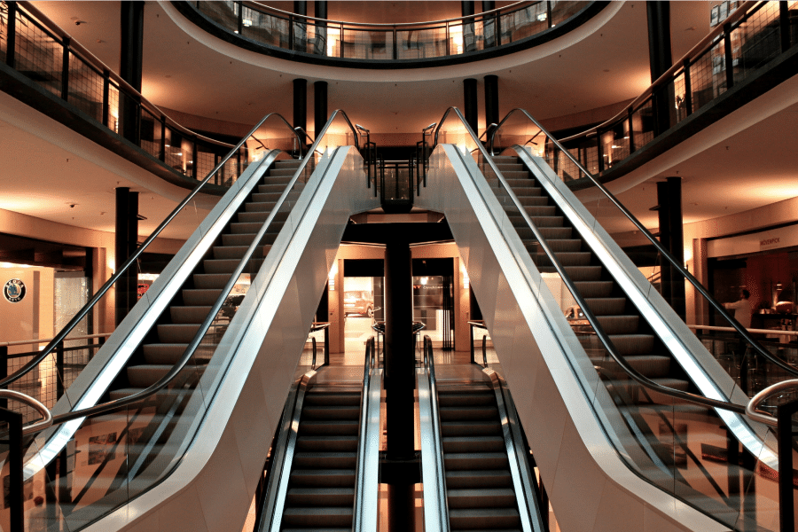From Stores To Showrooms: Evolving The In-Store Experience And Underwriting Practices